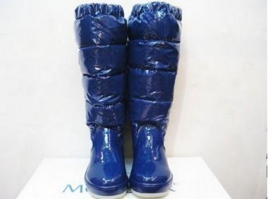 暖かい モンクレール 新作&送料込【MONCLER】ブーツ-フワちゃんブルー