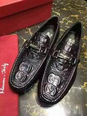 フェラガモ カジュアルシューズ 新作 新品同様超美品 通販&送料込 運動靴 男性用 fg003