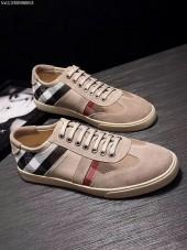 バーバリー カジュアルシューズ 新作 新品同様超美品 通販&送料込 運動靴 男性用 bur025