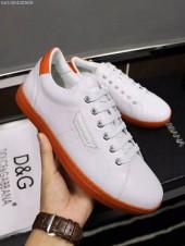 D&G 新作 新品同様超美品 通販&送料込 牛革 運動靴 男性用 DG013