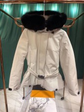 モンクレール  ダウンジャケット 新作 新品同様超美品 通販&送料 MC073