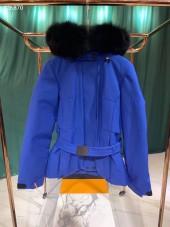 モンクレール  ダウンジャケット 新作 新品同様超美品 通販&送料 MC072