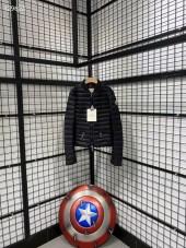 モンクレール  ダウンジャケット 新作 新品同様超美品 通販&送料 MC0177