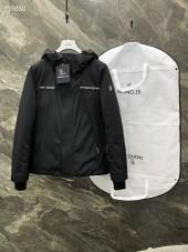 モンクレール ダウンジャケット 新作 新品同様超美品 通販&送料 MC0228